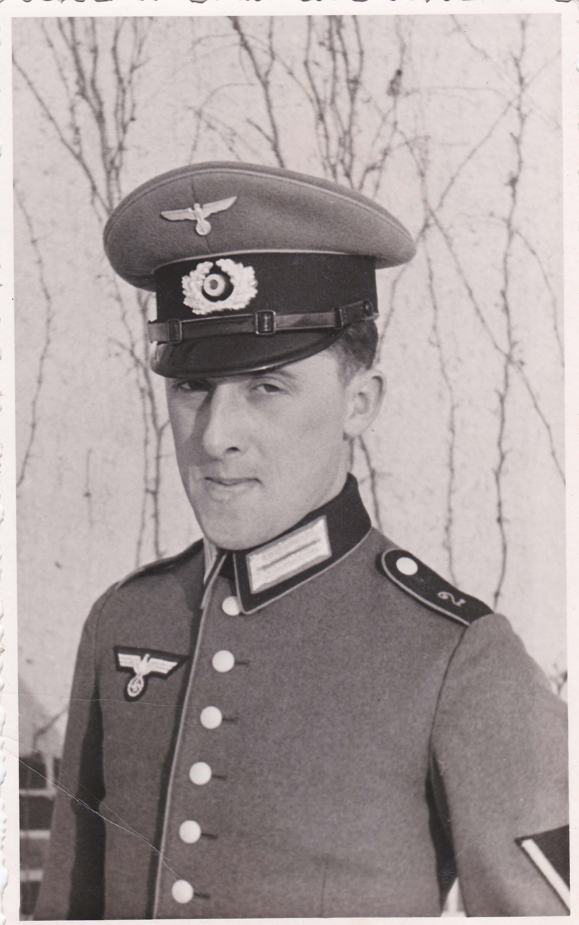 Uniform soldaat Wehrmacht wo2 Schirmmutze