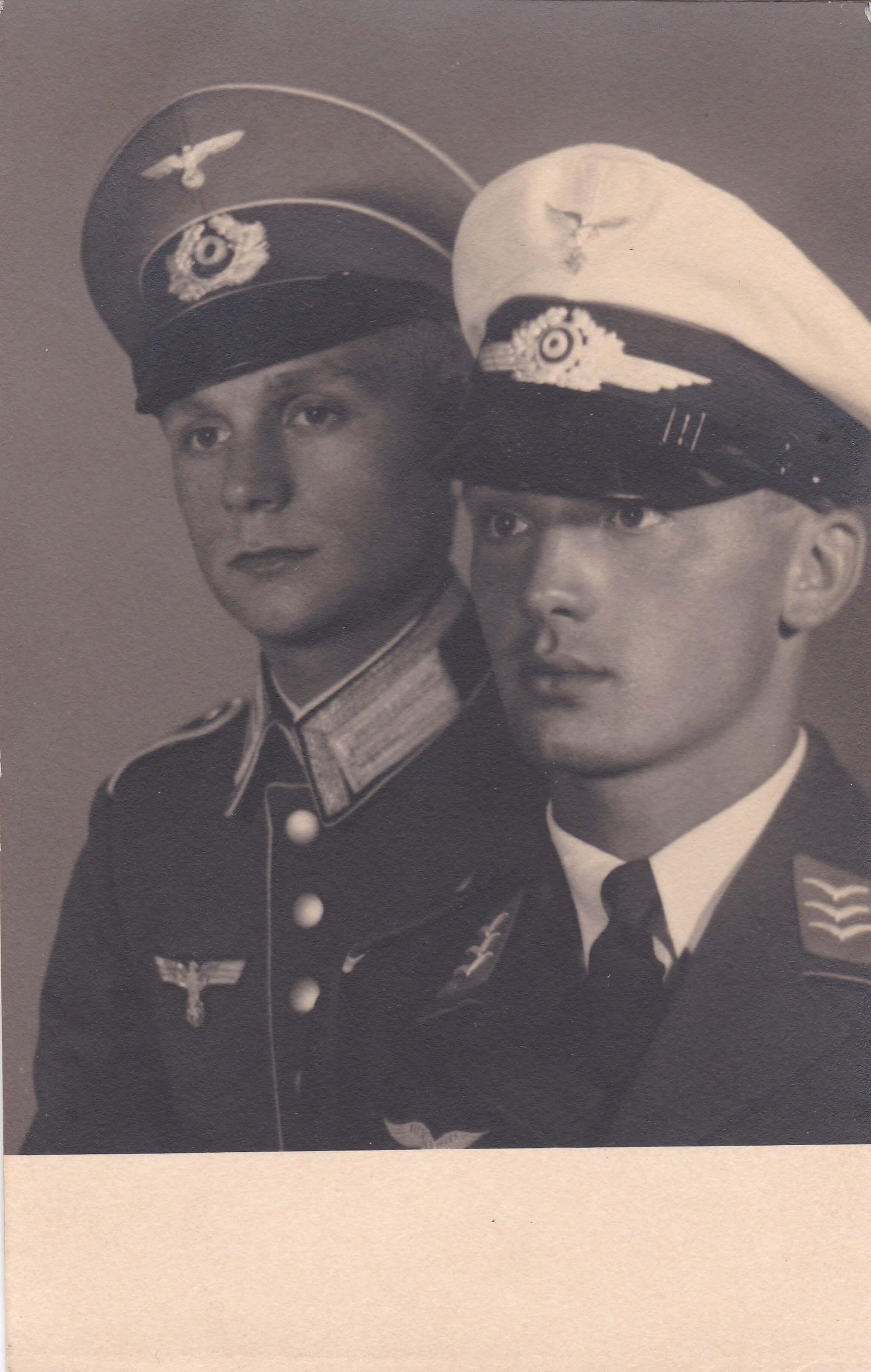 Uniform wo2 Wehrmacht luftwaffe schirmmutze soldaat