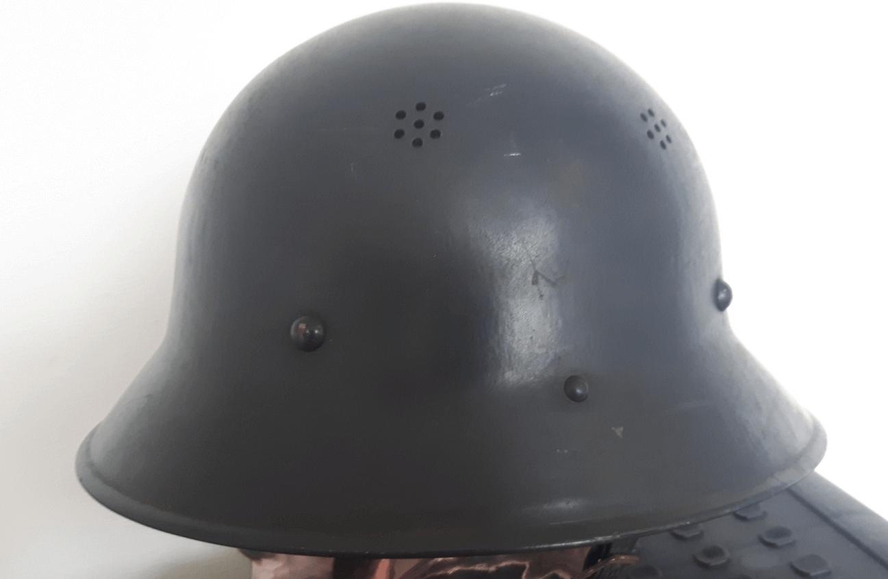 Duitse helm Tsjechische M29