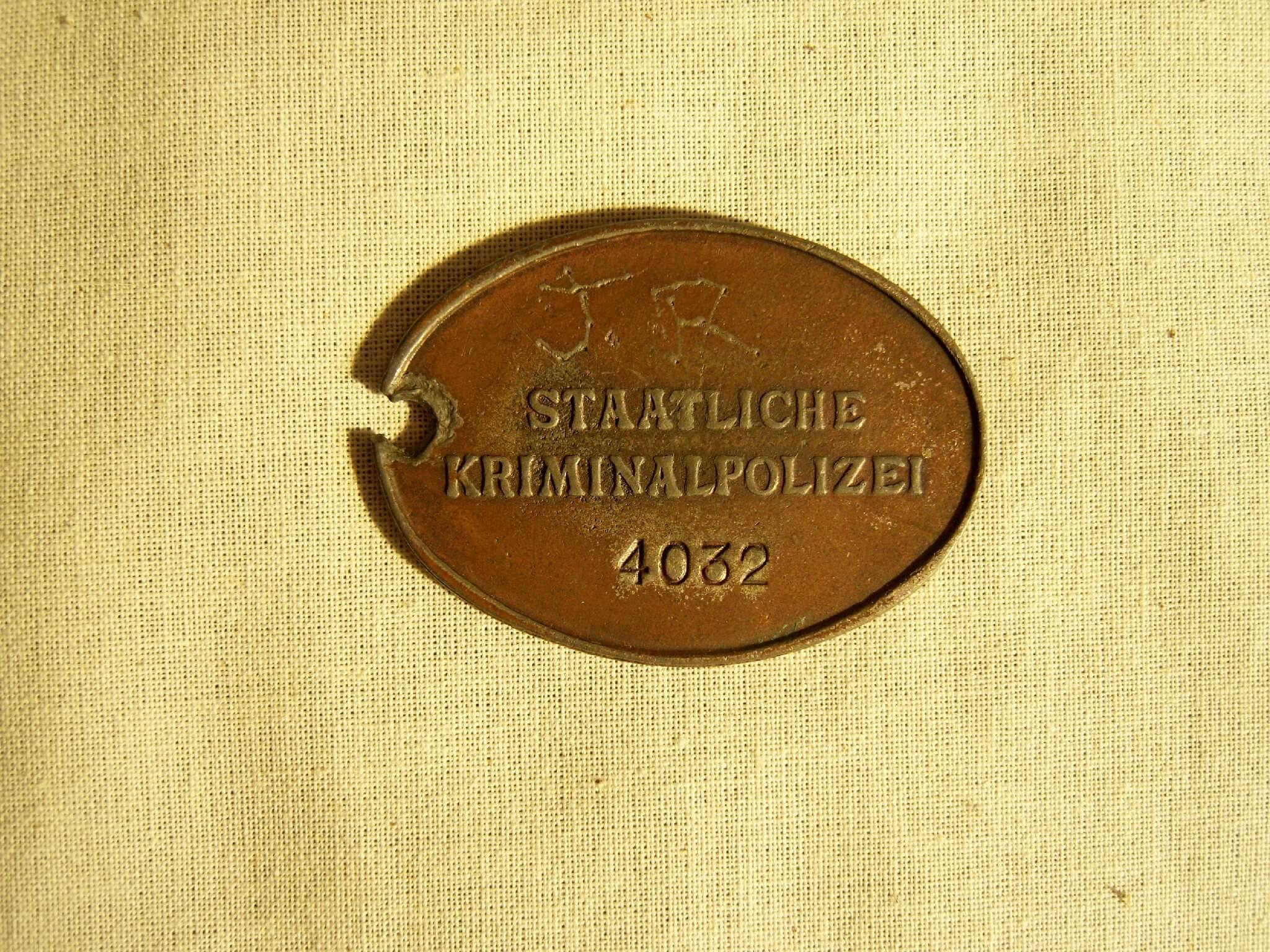 Duits indentificatie plaatje staatliche kriminalpolizei kripo wo2 ID disc