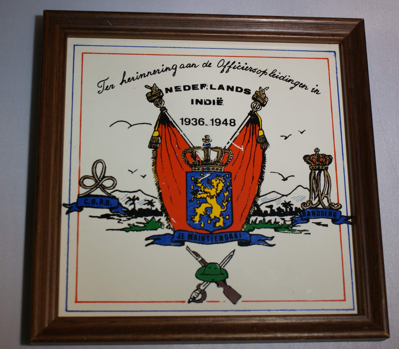 K.N.I.L. herinnerings tegel 1936-1948 Nederlands-Indië