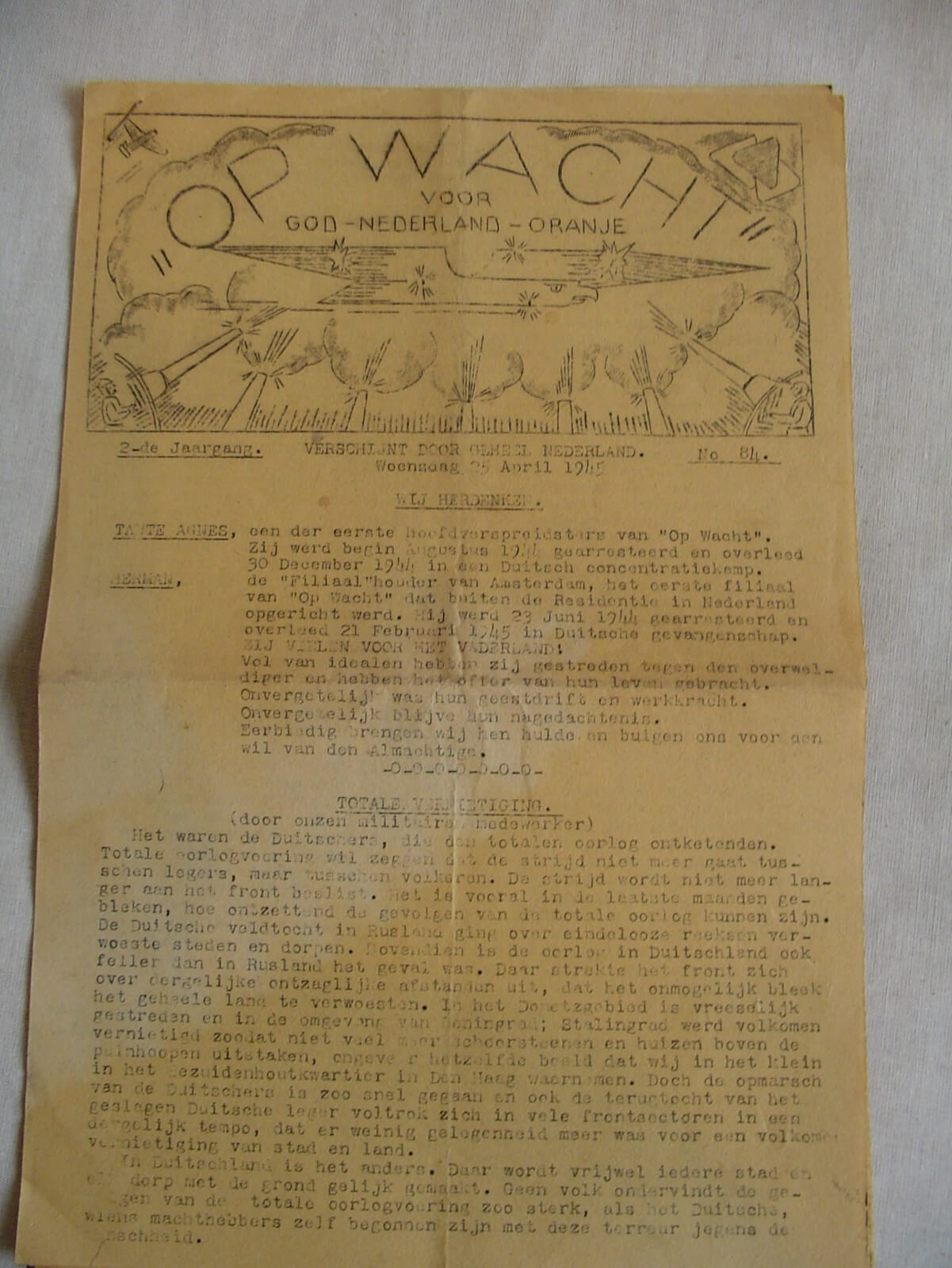 Kranten bevrijding de tweede wereldoorlog krant wo2 1945 op wacht