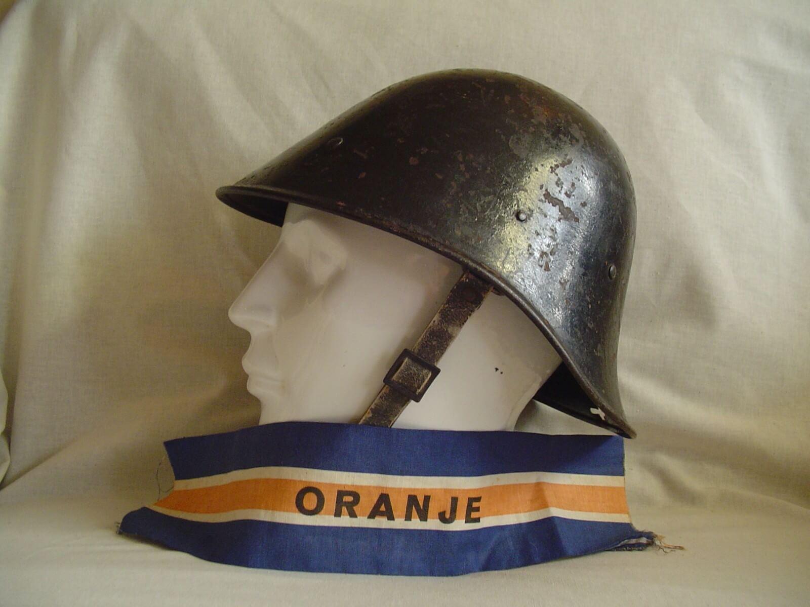 Nederlandse helm bs binnenlandse strijdkrachten 1945