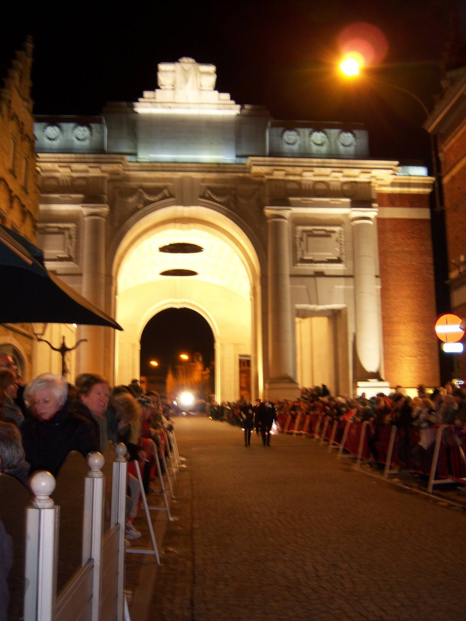 meningate by night menenpoort